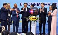 APEC Vietnam 2017: Créer une force motrice et fédérer les économies membres