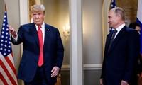 """Donald Trump dit avoir eu des échanges """"bien meilleurs"""" avec Vladimir Poutine qu'avec l'Otan"""