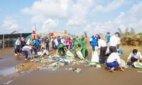 Le Vietnam répond à la journée internationale de nettoyage des côtes