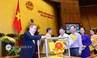 Le peuple salue l'élection du SG du PCV au poste de président de la république