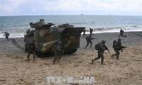 Les exercices militaires reprennent à petite échelle