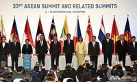 L'e-commerce: signature du premier accord de l'ASEAN