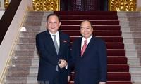 Le KCNA couvre la visite au Vietnam du ministre nord-coréen des Affaires étrangères