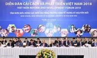 Le PM au premier forum sur la réforme et le développement du Vietnam 2018