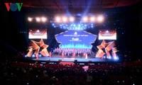 200 entreprises reçoivent les prix Étoiles d'or du Vietnam 2018