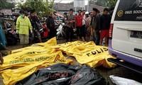 Tsunami en Indonésie: 280 morts et plus de 1 000 blessés, selon un nouveau bilan