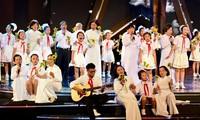 La jeunesse vietnamienne réalise le testament du président Hô Chi Minh