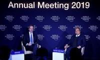 Davos : première séance de dialogue sur le Vietnam