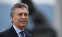 Le président argentin entame sa visite officielle au Vietnam