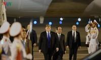 Donald Trump arrive à Hanoï