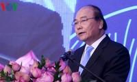 Nguyên Xuân Phuc à un forum sur les ressources humaines du secteur touristique