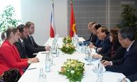 Nguyên Xuân Phuc entame sa visite officielle en République tchèque