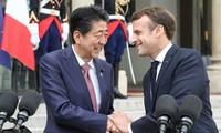 Paris et Tokyo préparent, ensemble, le G7 et le G20