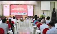 Le Vice-PM Truong Hoa Binh à l'écoute des électeurs de Long An