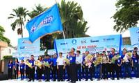 Hô Chi Minh-ville : 20.000 étudiants soutiennent les candidats aux concours d'admission universitaire 2019