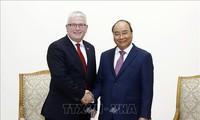 Nguyên Xuân Phuc reçoit l'ambassadeur australien sortant