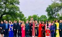 Inauguration d'une statue du président Ho Chi Minh à Vladivostok