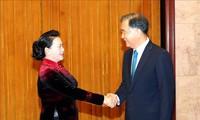 Nguyên Thi Kim Ngân rencontre le président de la CCPPC