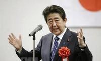 Japon: le parti d'Abe Shinzo remporte largement les sénatoriales
