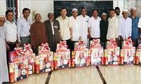 Le Roya Haji des Cham: les responsables de la province d'An Giang formulent leurs vœux