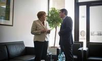 Германия поможет Греции предотвратить банкротство