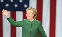 Хиллари Клинтон опережает своего соперника в досрочном голосовании