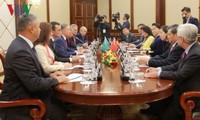 Нгуен Тхи Ким Нган провела переговоры с председателем Мажилиса Казахстана