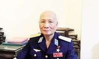 """О генерал-лейтенанте Нгуен Ван Фиете, сбившем """"летающую крепость"""" Б52 в небе над Ханоем"""