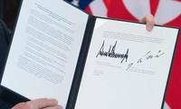 Дональд Трамп и Ким Чен Ын подписали совместный документ по итогам саммита