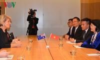 Dang Thi Ngoc Thinh 부주석, 호주 외무장관 회견