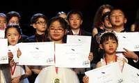 미국  국제 피아노 콩쿠르서 우승한  베트남 소녀