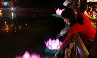Can Tho성,  제2차 Ninh Kieu 꽃등 관광의 날 개최