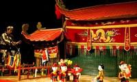 2018 년 베트남  첫 인형극 축제  개막