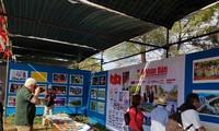 포르투칼 Avante 신문전시회에서의 베트남 공간