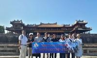 베트남 관광:  일본 Famtrip여행단체,  Huế의 일부 관광지 답사