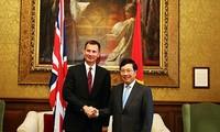 팜빈민 부총리 겸 외무 장관, 영국 방문의 활동
