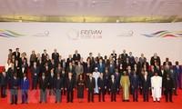 팜 빈 민 (Phạm Bình Minh) 부총리 겸 외무 장관, 아르메니아 예레반에서 열린 제 17 회 불어권 정상회담에 참석