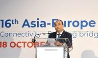 응웬 쑤언 푹 국무 총리, 아세아 유럽 비즈니스포럼 참석