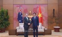 베트남 국회 사무총장, 호주 상원 의장 접견