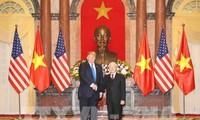 응우옌 푸 쫑 서기장 – 국가주석, 도널드 트럼프 미국 대통령과 회담