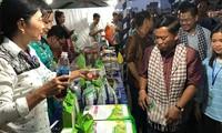 베트남 기업, 캄보디아에서 상품 홍보 및 협력 강화
