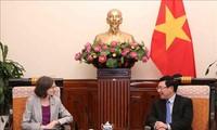 팜 빈 민 부총리-외무부장관, Deborah Paul주베트남 캐나다 대사 접견