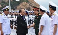 """""""Việt Nam kiên quyết giữ vững chủ quyền biển đảo Tổ quốc và gìn giữ hòa bình trên biển Đông"""""""