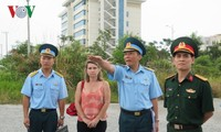 Đoàn trợ lý Nghị sĩ Hoa Kỳ thăm khu xử lý dioxin sân bay Đà Nẵng