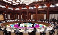 """Thủ tướng Nguyễn Xuân Phúc dự Hội nghị bàn tròn các nhà lãnh đạo tại Diễn đàn cấp cao hợp tác quốc tế """"Vành đai và Con đường"""""""