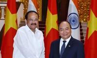 Thủ tướng Nguyễn Xuân Phúc tiếp Phó Tổng thống Ấn Độ