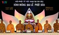 Bà con người Việt dự Đại lễ Phật đản 2019 long trọng tại Séc