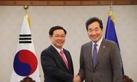 Phó Thủ tướng Chính phủ Vương Đình Huệ hội kiến Thủ tướng và Chủ tịch Quốc hội Hàn Quốc