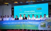 Người dân Đà Nẵng hưởng ứng chiến dịch Du lịch xanh