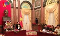 Вице-президент СРВ Нгуен Тхи Зоан приняла ветеранов войны «Чыонгшон»